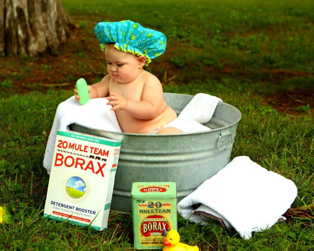 how to give newborn baby a bath