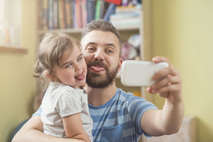 Ordinary moments when it's just you and them around the house or at the park that are most special, but rarely get captured.Here are a few tips that will help you to get the perfect self-taken shot.