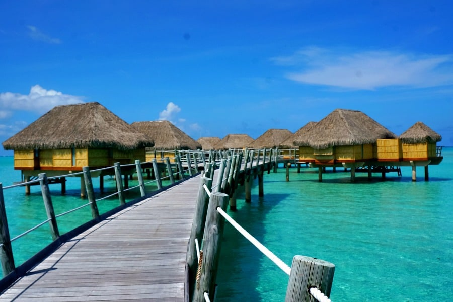 le-tahaa-on-water-bungalows