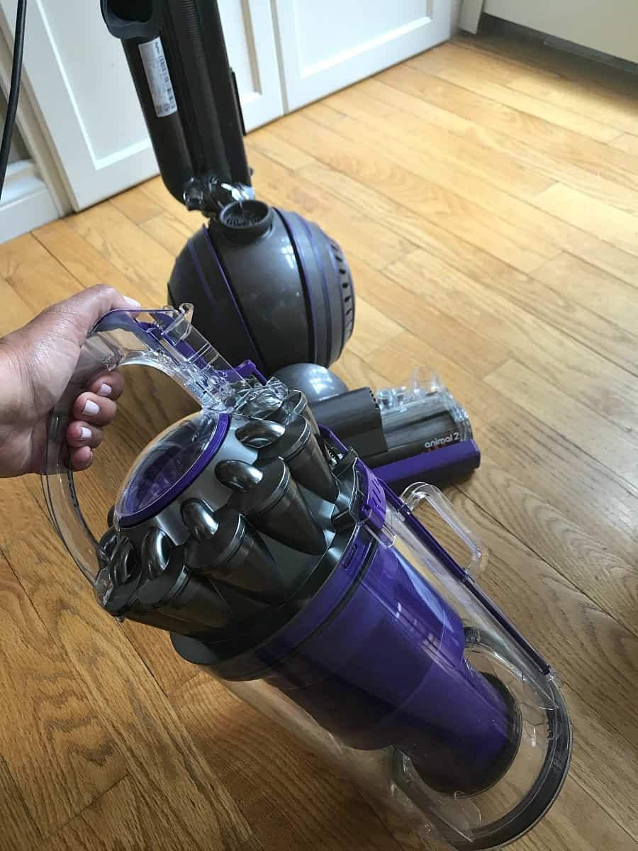 canister-removal-dyson