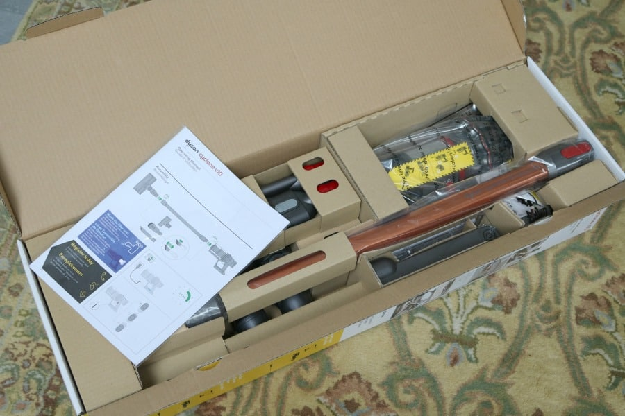 Whats in the Dyson v10 Box