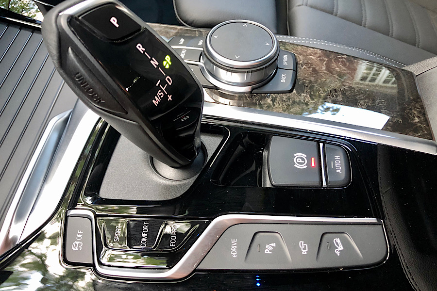 BMWX3e Centre Console
